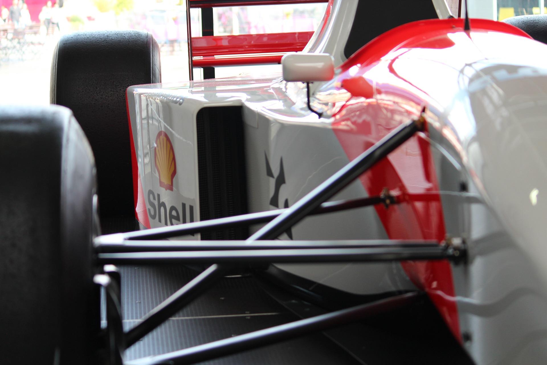 Formula 1 wishbones